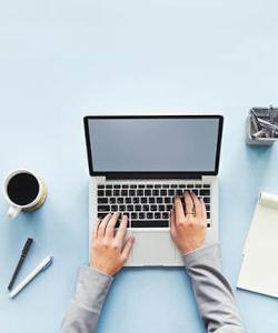 laptop-notepad